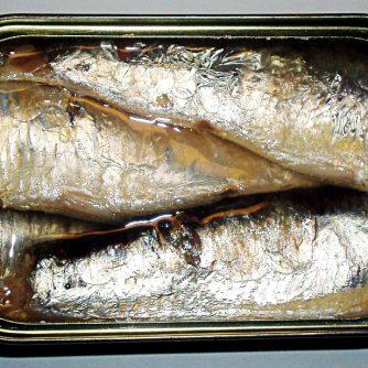 w_Canned-Sardine