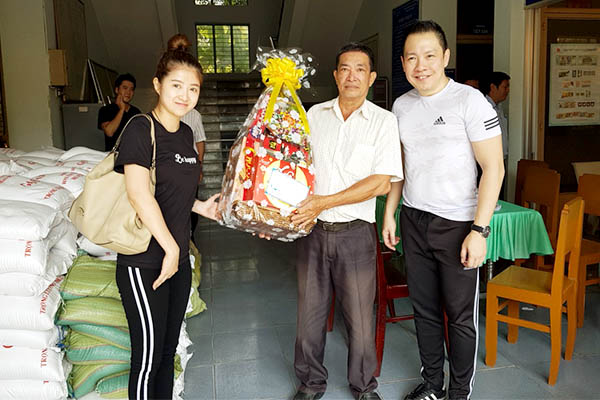 Pinetree Vietnam strived to be socially responsible – Charity in Chau Doc